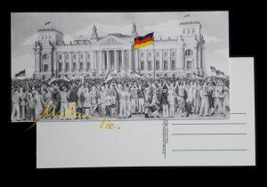 Postkarte 1990 Wiedervereinigung vor dem Reichstagsgebäude Berlin